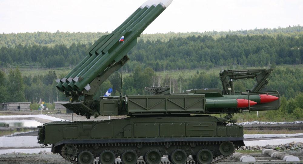 Un système de missiles sol-air russe Bouk