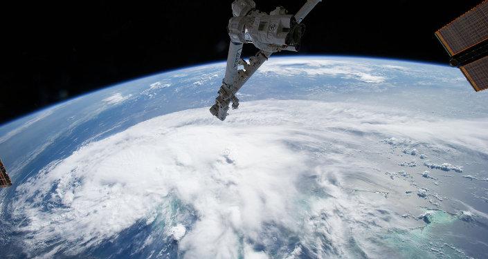 espace extra atmosphérique