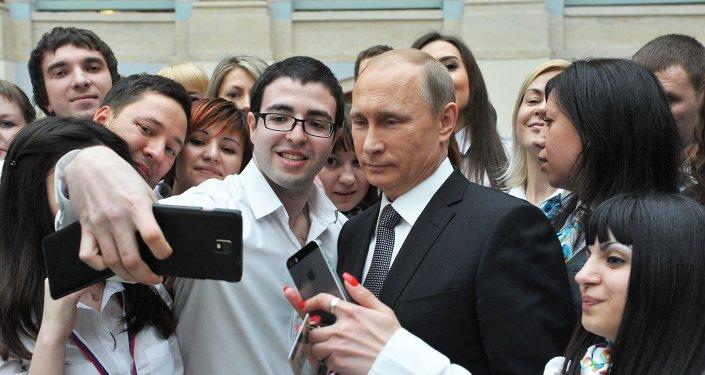 Vladimir Poutine après la Ligne directe