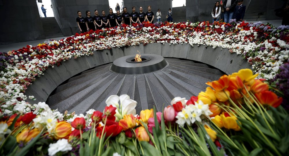 People mourn at the Tsitsernakaberd Armenian Genocide Memorial Museum in Yerevan