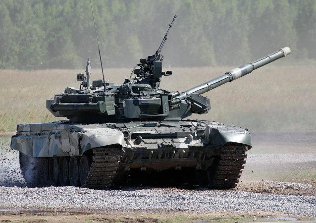 Un char T-80