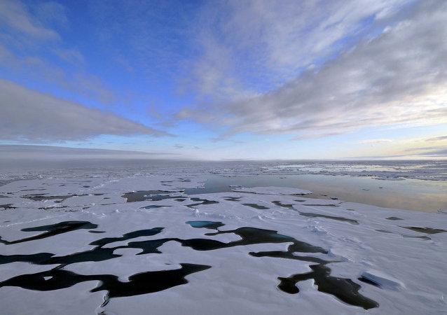 L'extraction du pétrole et du gaz dans l'Arctique est illégale