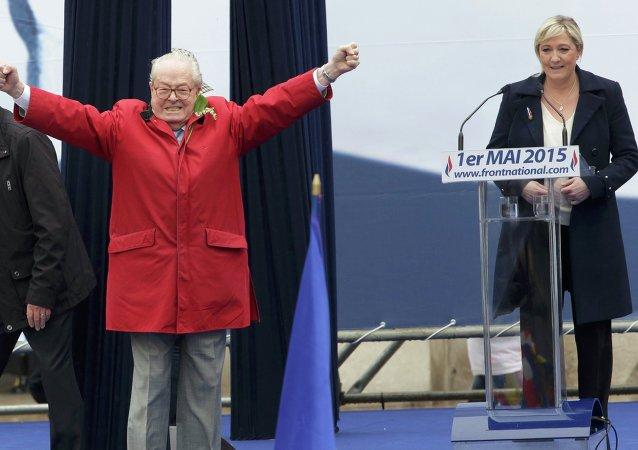 Marine Le Pen et Jean-Marie Le Pen