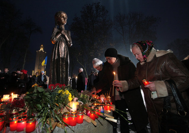 Monument en hommage aux victimes du Holodomor à Kiev