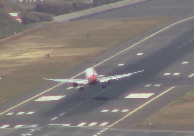 Portugal: un vent fort empêche les avions de se poser
