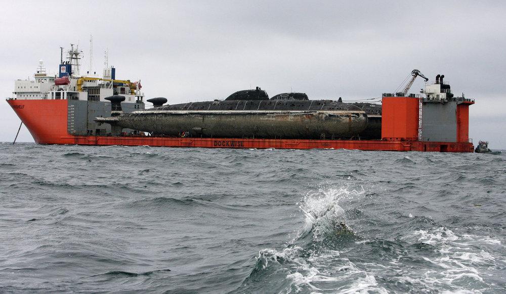 Le cargo Transchelf conçu pour transporter les sous-marins