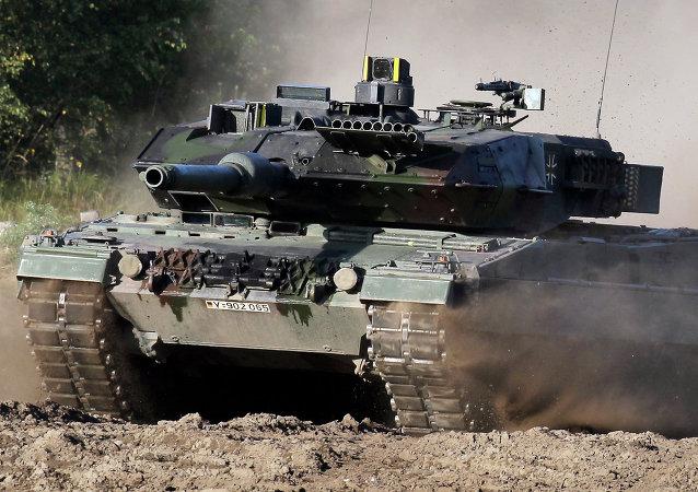 L'Allemagne envoie des chars à la frontière russe