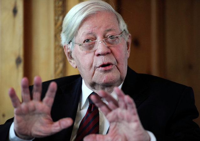 Helmut Schmidt. Archive photo