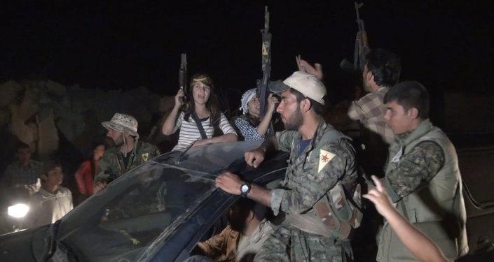 Syrie: Kobané célèbre sa victoire face aux djihadistes
