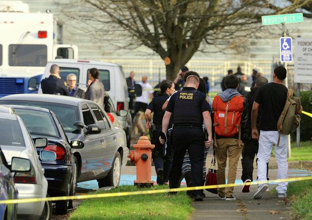 Après une fusillade dans une école de Portland