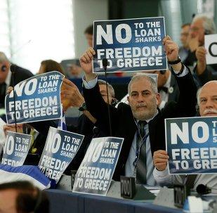 L'éventualité d'un Grexit divise le Parlement européen