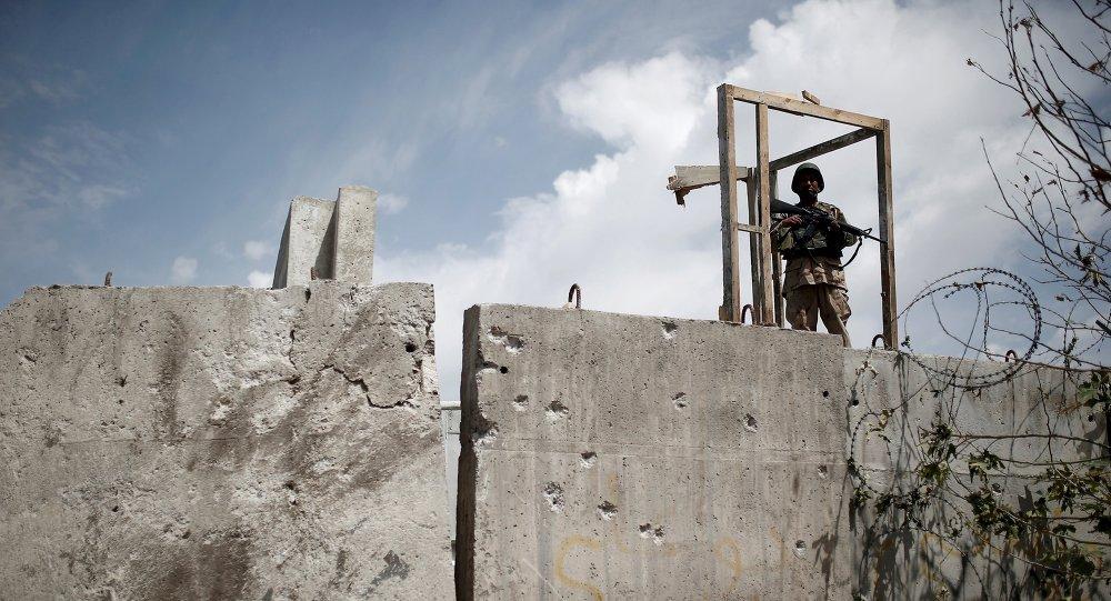 Soldat afghan, Kabul, Juine 23, 2015