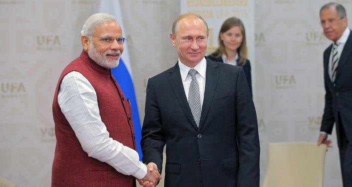 Poutine et Modi