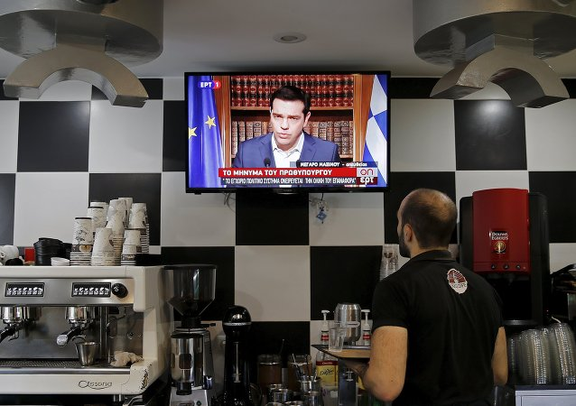 Intervention d'Alexis Tsipras, premier ministre grec, à la télévision grecque