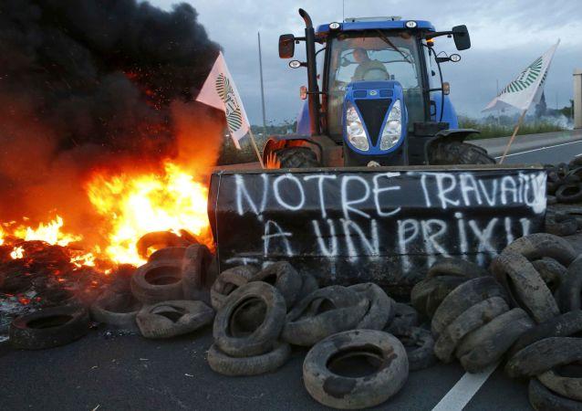 Une action de protestation d'agriculteurs en France