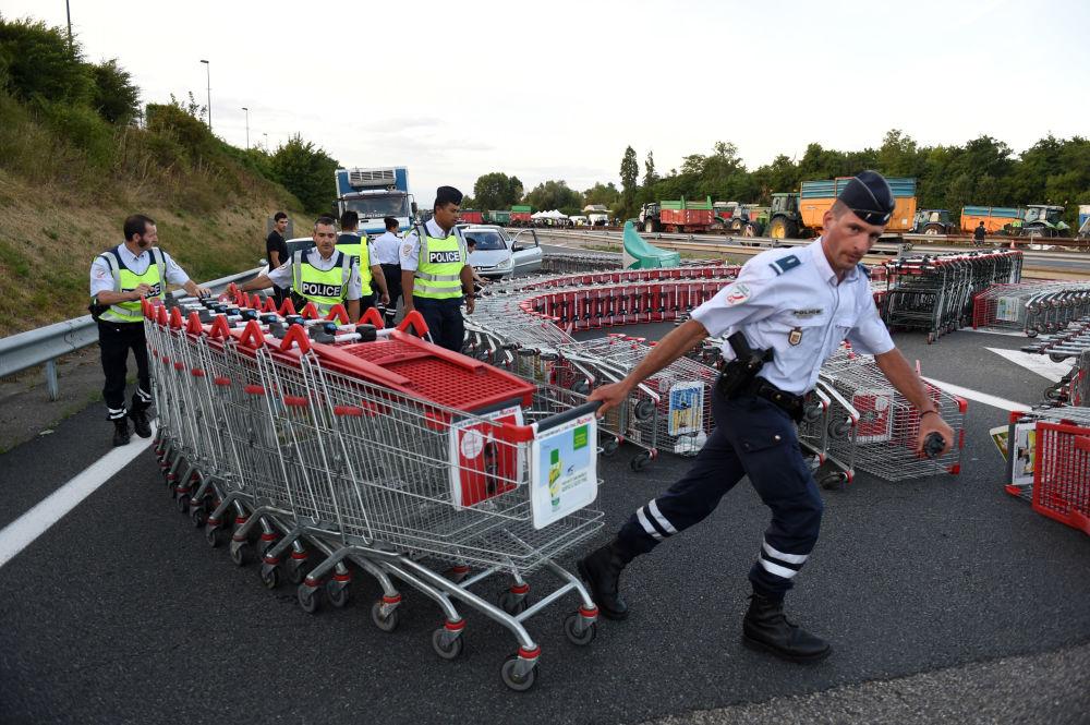 Les éleveurs français protestent contre les sanctions