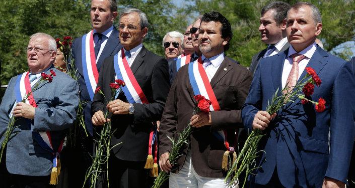 Visite de la délégation française à Sébastopol