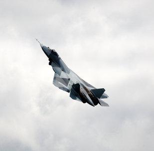 Essai en vol du chasseur de 5e génération russe T-50 (PAK FA)