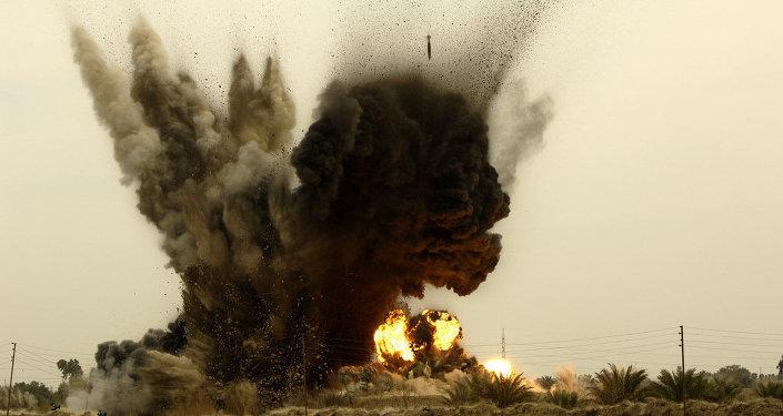 Les forces aériennes de l'Irak ont frappé le convoi du leader de l'EI