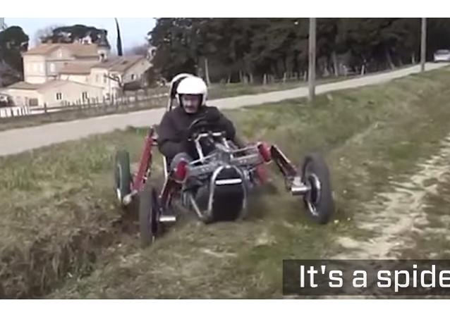 Swincar, la voiture-araignée qui passe partout