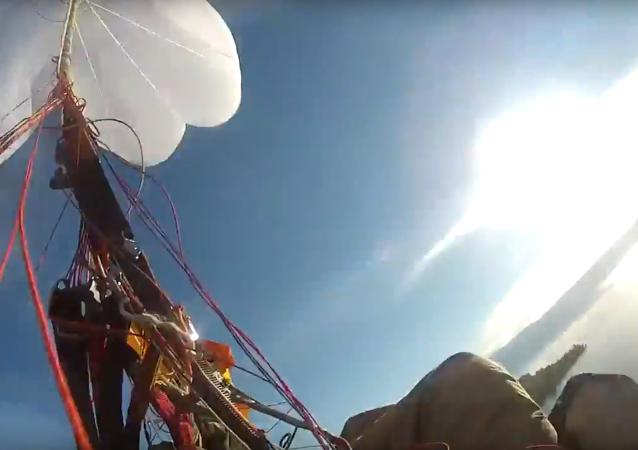 Vol extrême en parapente