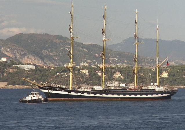 Un voilier russe à Monaco