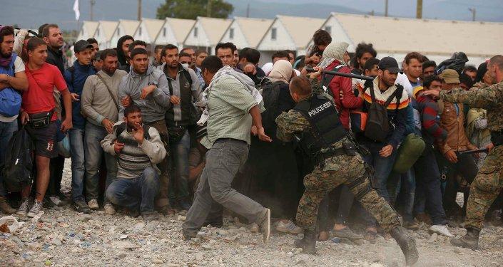 Affrontements entre réfugiés et forces de l'ordre locales