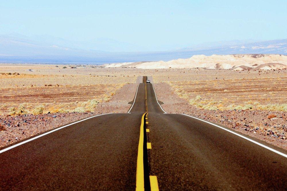 La route du parc national Death Valley (USA)