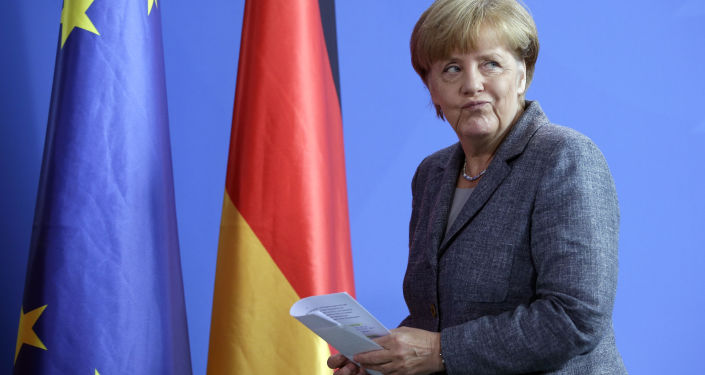 Sanctions antirusses: Merkel joint la chorale des dilatoires