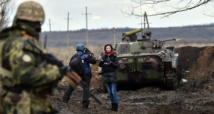 Journalistes dans le Donbass. Image d'illustration