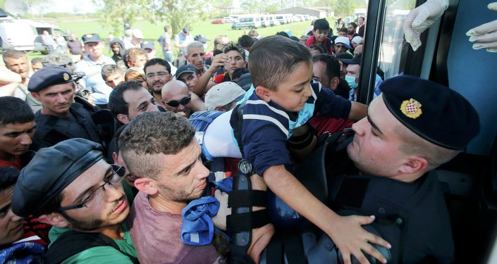 Les migrants aux passages frontaliers en Croatie, Sept. 17, 2015