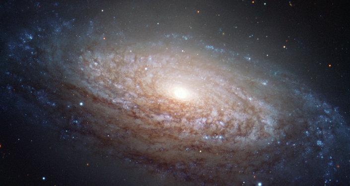 Une galaxie spirale (située dans la constellation du Lion)