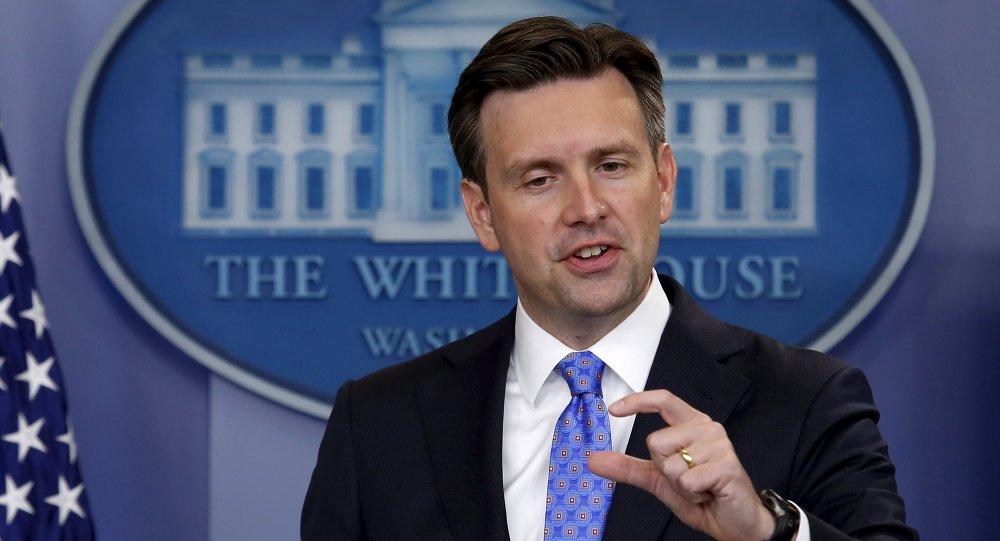 Josh Earnest, porte-parole du président américain, lors d'un point de presse à la Maison Blanche. Le 3 septembre 2015
