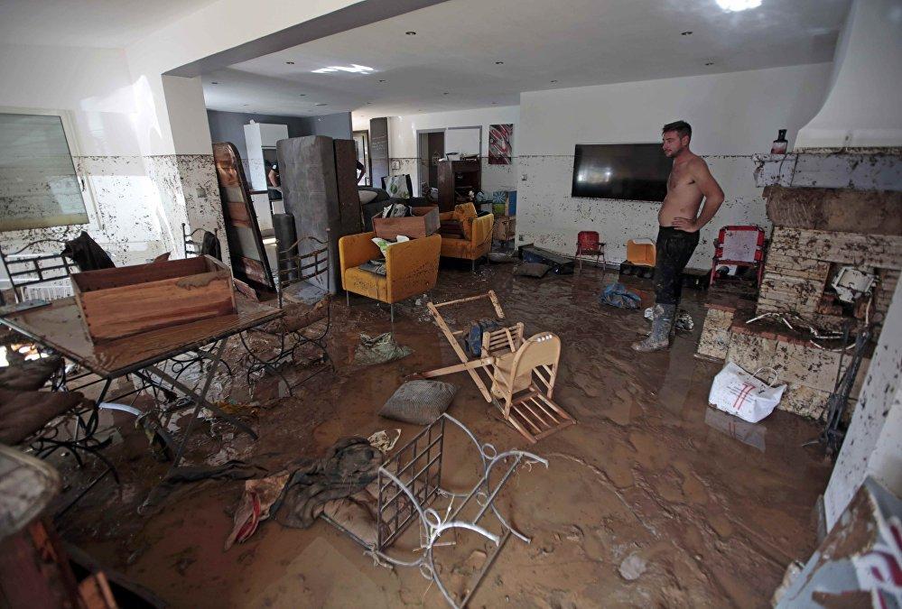 Alpes-Maritimes: inondations meurtrières