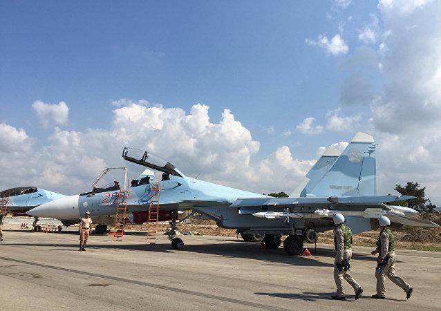 Groupe d'aviation militaire russe à l'aéroport Hmeymim en Syrie