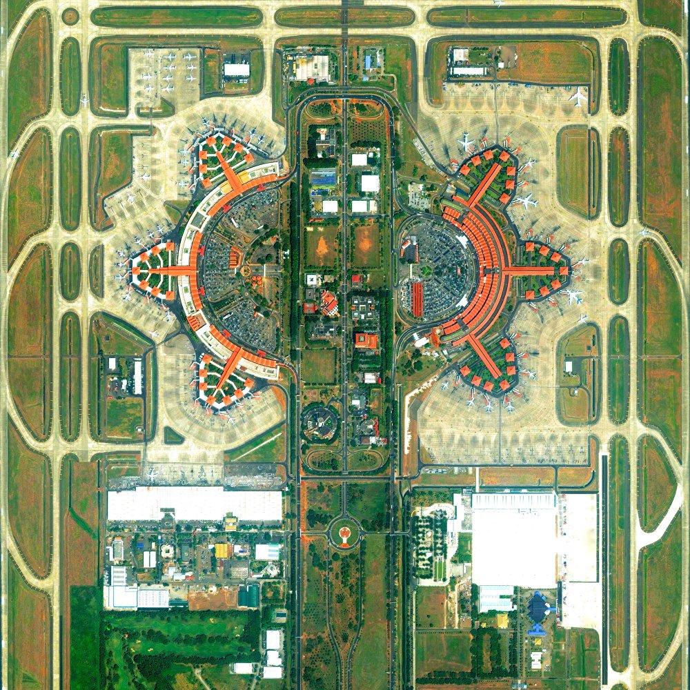 L'aéroport international de Soekarno-Hatta, à Jakarta, Indonésie