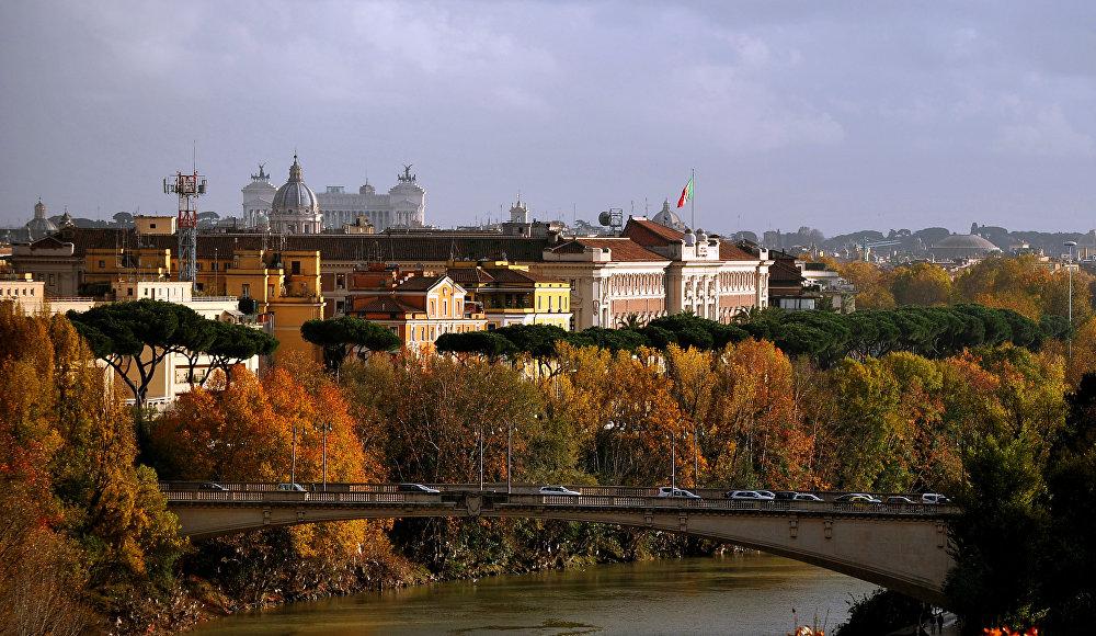 Le pont sur le Tibre, Rome, Italie