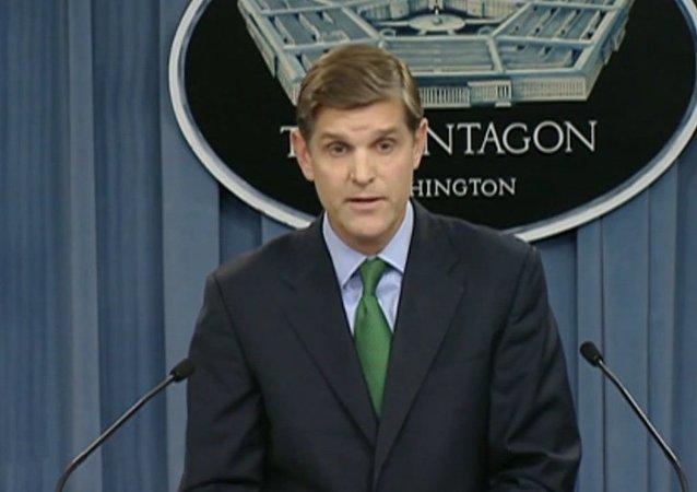 Le porte-parole du Pentagone Peter Cook
