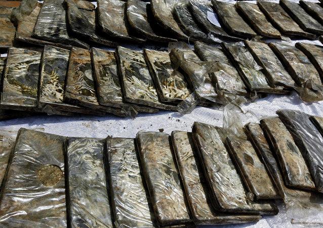 767 kilos de résine de cannabis saisis en région parisienne