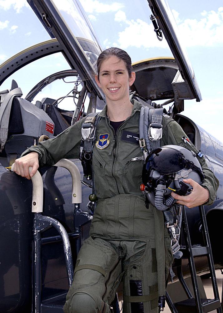 Super Fleurs du ciel: ces femmes pilotes de chasse - Sputnik France KZ46