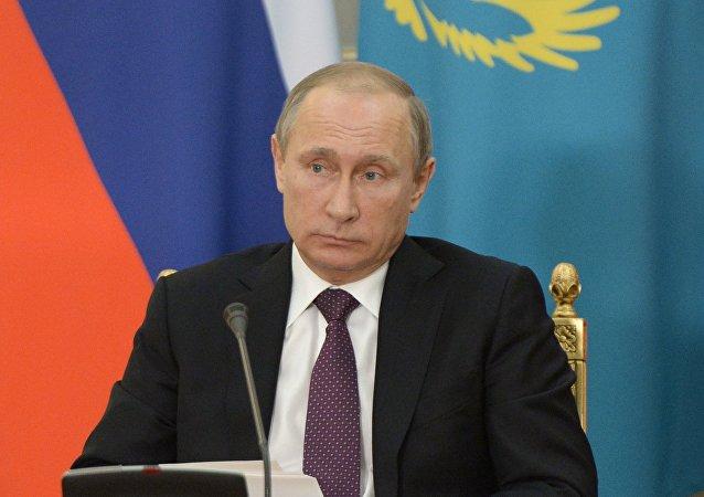 Le président russe Vladimir Poutine à Astana