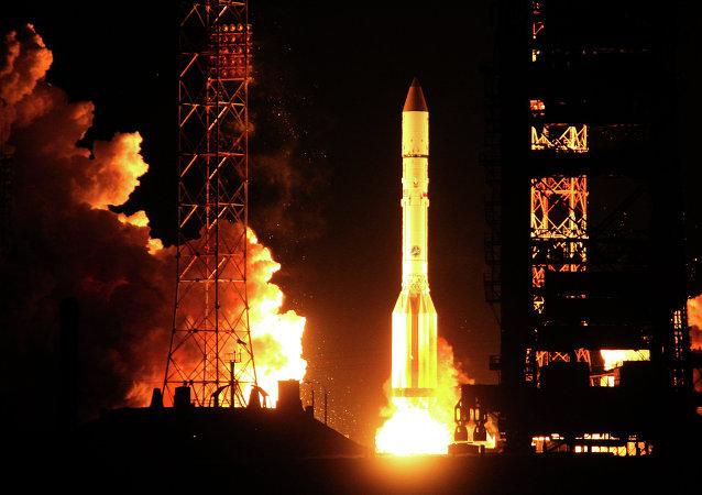 Tir d'un lanceur russe Proton-M