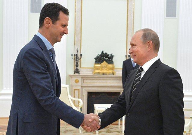 Poutine félicite Assad pour Alep, Assad remercie Moscou pour son aide