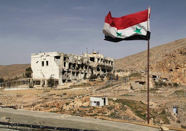 Drapeau de la Syrie à Maaloula