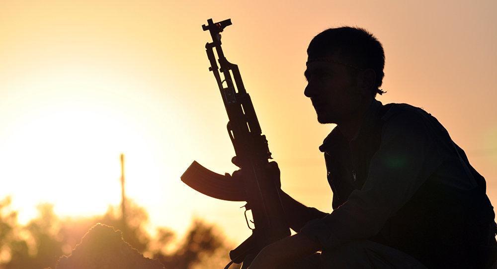 Un combattant kurd