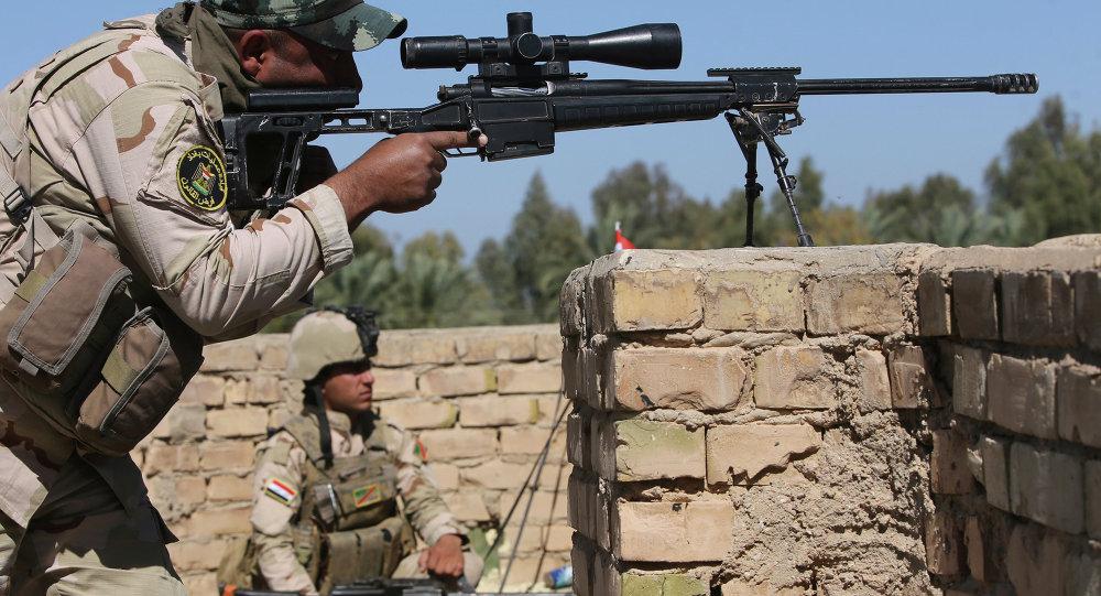 Un tireur d'élite de l'armée irakienne