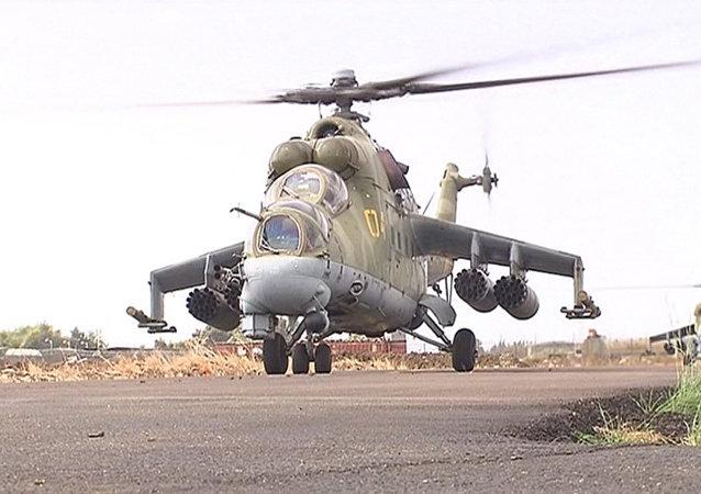 Des Mi-24 à la base aérienne de Lattaquié