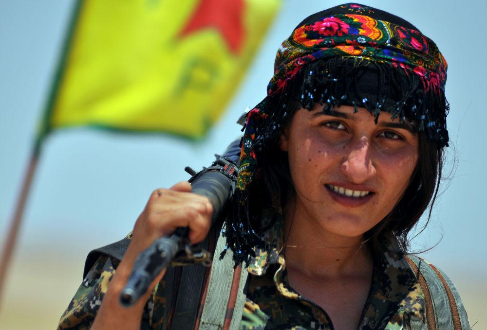 Ces femmes kurdes qui luttent contre l'EI