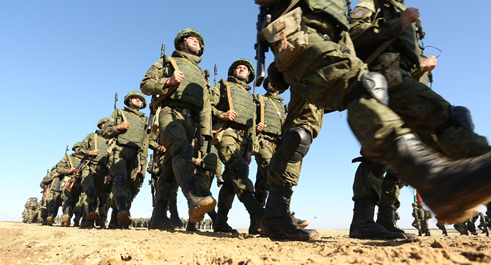 Les exercices militaires russo-indiens des troupes d'infanterie