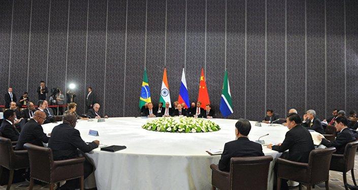 un sommet informel des BRICS à Antalya